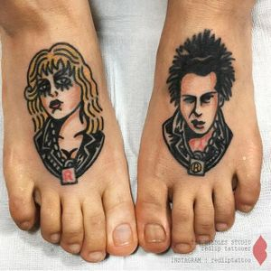 Sid and Nancy tattoo by Redlip Tattooer. #RedlipTattooer #Redlip #traditional #bold #sidandnancy  #punk #sidvicious #sexpistols