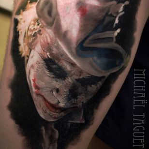 The Joker. (via IG - michaeltaguet) #realism #celebrity #portrait #michaeltaguet #heathledger #thejoker