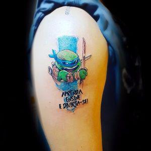 #ThiagoPinhas #tatuadoresdobrasil #traçofino #fineline #tartarugasninja #TeenageMutantNinjaTurtles #nerd #geek #comics #colorida #colorful