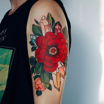 Magic by Jinpil Yuu #JinpilYuu #color #neotraditional #Korean #peony #flower #crystals #leaves #sparkle #nature #floral #realistic #tattoooftheday