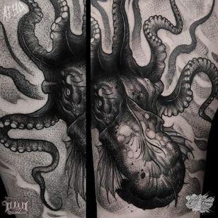 Kraken Tattoo by Alex Underwood #kraken #krakentattoo #blackworkkraken #blackwork #blackworktattoos #blackworkartists #blackink #AlexUnderwood