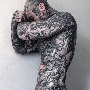 Yall Quiñones #yallzee #yallzeetattoos #bodysuit #tattoocollector #tattoocollectors #YallQuiñones