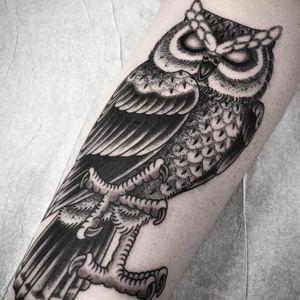 Owl tattoo by Frankie Caraccioli #FrankieCaraccioli #owl #blackandgrey #bird