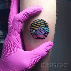 Mountains by Eugene Nedelko (via IG-dusty_past) #circle #landscapes #smalltattoo #colorful #eugenenedelko