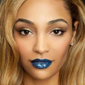 Galactic Glittery Blue Temporary Lip Tattoo #Temporary #LipTattoo #LipArt #Lip #Art #LipTattoos #LipSticker