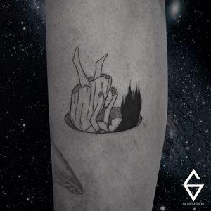 Tattoo por George Silva! #GeorgeSilva #tatuadoresbrasileiros #tatuadoresdobrasil #tattoobr #Natal #fineline #delicate #delicada #linhafina #traçofino #girl #hole #mulher #menina #garota #blackwork