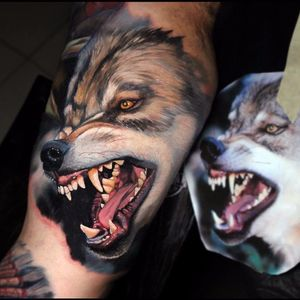Fierce wolf by Dave Paulo #DavePaulo #realism #realistic #hyperrealism #color #wolf #dog #teeth #portrait #nature #animal #tattoooftheday