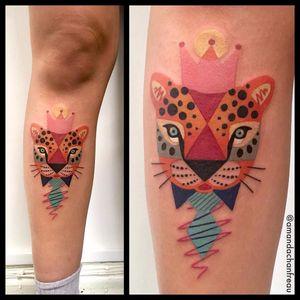 Por Amanda Chanfreau #AmandaChanfreau #gringa #colorida #colorful #funny #divertida #onça #coroa #crowl #jaguar #gravata #tie