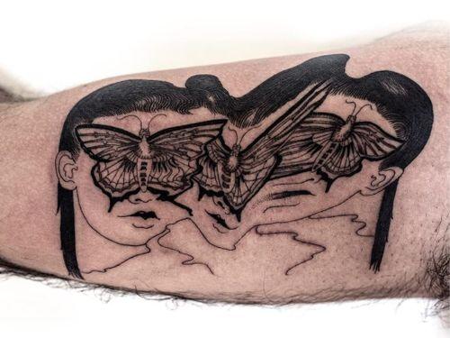 Butterfly babes. Tattoo by Julian Llouve. #JulianLlouve #linework #blackwork #portrait #warped #butterfly #face #wings #lips #surreal #strange