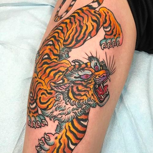 Awesome looking tiger tattoo by Marc Nava. #MarcNava #tiger #traditional