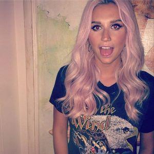 Kesha. #Kesha #Celebrities