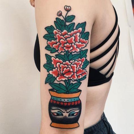 Flower tattoo by Boshka Grygoriew-Alvy #BoshkaGrygoriewAlvy #peony #flower #vase #asian