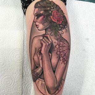 Nudes #HannahFlowers #gringa #neotrad #neotraditional #woman #mulher #lady #dama #inkedgirl #mulhertatuada #naked #nua #flower #flor #rosa #rose #mandala