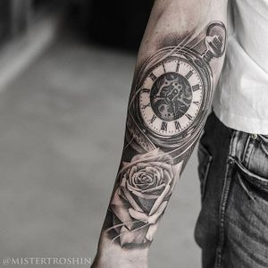 Classic iconography by Dmitry Troshin. #blackandgrey #DmitryTroshin #realism #pocketwatch #rose #stippling #viking