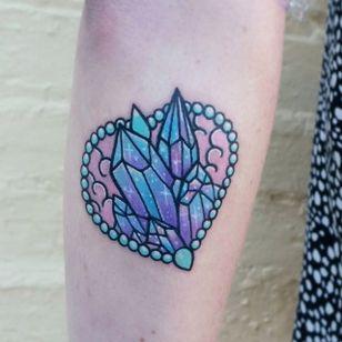 Crystal tattoo by Carla Evelyn. #CarlaEvelyn #girly #pastel #sparkly #cute #crystal #heart