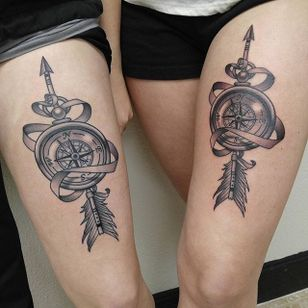 Compass Tattoo, artist unknown #matchingtattoos #couplestattoos #couple