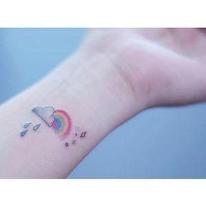 Rainbow tattoo by Seoeon. #Seoeon #southkorean #rainbow #microtattoo #love #positivity
