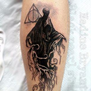 Dementor Tattoo by Nadine Bryant #Dementor #DementorTattoo #HarryPotterTattoos #HaryPotterTattoo #HarryPotterInk #NadineBryant
