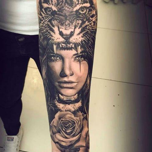 Awesome tiger and woman tattoo by Martin Kukol #tigertattoo #tiger #woman #portrait #blackandgrey #rose #rosetattoo #animaltattoo #realistictattoo #wildcat #martinkukol