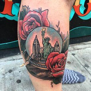 New York in a snow globe tattoo by Paula Castle. #snowglobe #glass #statueofliberty