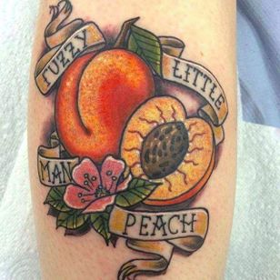Fuzzy Little Man Peach! By Tyrene Finlayson (via IG — art_ty_stique) #TyreneFinlayson #fuzzylittlemanpeach #themightyboosh #themightybooshtattoo #mightybooshtattoo