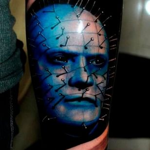 Stunning shading and color on this classic Pinhead portrait by Psych Young #hellraiser #CliveBarker #cenobite #horror #movie #colorwork #shading #pinhead #PsychYoung