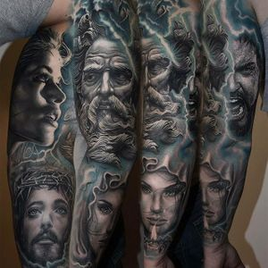 Some shocking Christian imagery by Mario Hartmann (IG—mario_hartmann_tattooist). #Christian #color #MarioHartmann #portraiture #realism
