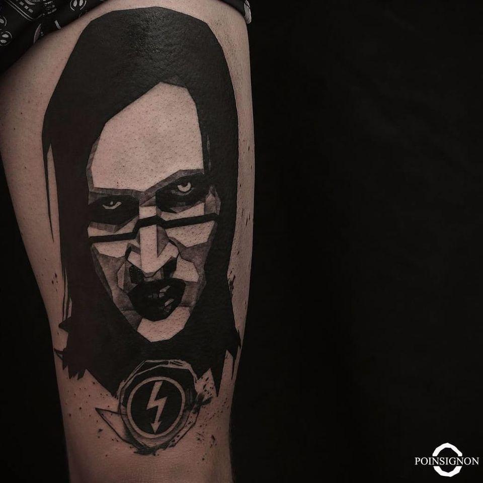 Marilyn Manson por Olivier Poinsignon! #OlivierPoinsignon #blackwork #MarilynManson #MarilynMansontattoo #metal #metaltattoo #band #music