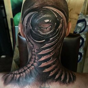 Biomech Tattoo by Jesse Levitt #biomechanical #bioorganic #biomech #bio #bioart #biomechartist #JesseLevitt