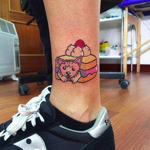 Kawaii Sandwich Tattoo by Maria Truczinski #MariaTruczinski #Cartoon #Kawaii #Cartoontattoo #Kawaiitattoo #Sandwich