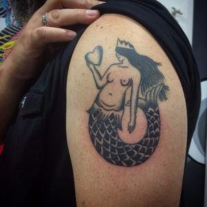 Sereia #BrisaIssa #oldschool #tradicional #TatuadorasDoBrasil #tatuadorasbrasileiras #sereia #mermaid