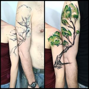 Watercolor tree connecting tattoo by Sandro Stagnitta. #sketch #watercolor #SandroStagnitta #connectingtattoos #tree