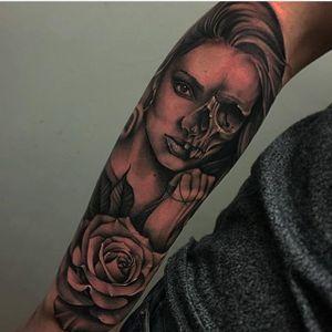 Skull lady and rose tattoo by Bobby Loveridge @bobbalicious_tattoo #black #blackandgray #churchyardtattoostudio #uk #skull #lady #rose