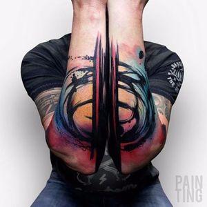 Beautifully bold Pain Ting tattoo by Szymon Gdowicz #SzymonGdowicz #PainTing #abstract #watercolor #fineart #bold