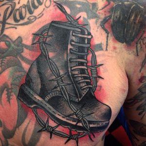 Boot Tattoo by Jim Olsson #boot #traditionalboot #boottattoo #traditionaltattoos #traditionaltattoo #traditional #traditionalartists #oldschooltattoos #classictattoos #oldschool #JimOlsson