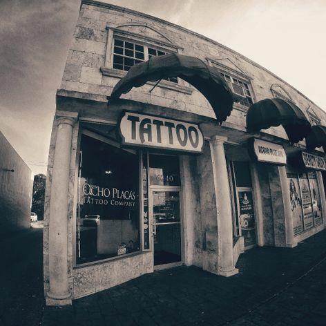 Ocho Placas Tattoo Company, Calle Ocho - Miami, FL. (IG- ochoplacastattoo) #OchoPlacas #JavierBetancourt #TattooShop #Miami