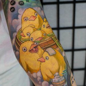 Spirited Away duckies tattoo by Hori benny #HoriBenny #movietattoos #color #newtraditional #newschool #studioghibli #duck #bathtub #bubbles #sootsprite #totoro #spiritedaway #Japanese #animation #tattoooftheday