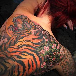 Tiger back piece. (via IG - chriscrookswhitedragon) #chriscrooks #japanese #japanesemotif #largescale #tiger