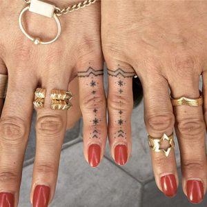 Hand poke tattoos by Tati Compton #TatiCompton #TatiCompton #handpoke #minimalistic #tattoooftheday