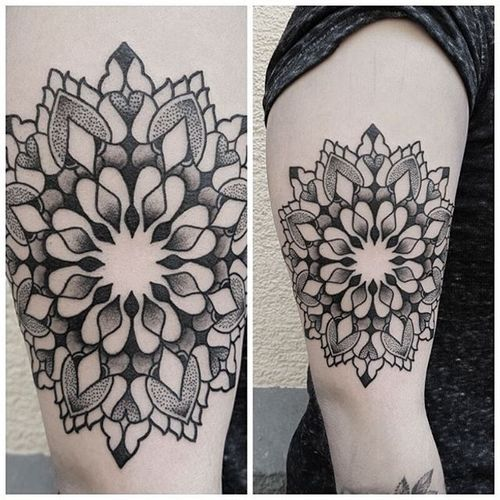 Tattoo by Manuel Zellkern #geometric #geometrictattoo #geometrictattoos #blackwork #blackworktattoos #dotwork #dotworktattoo #pattern #patterntattoo #ManuelZellkern