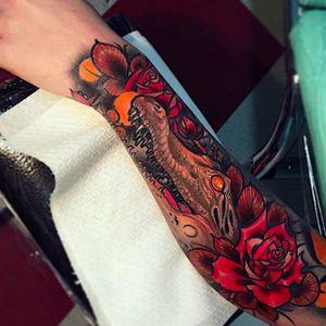 Creepy Crocodile Tattoo by Brando Chiesa @BrandoChiesa #BrandoChiesa #Italy #Neotraditional #Beast #animaltattoo #Crocodile #Rose