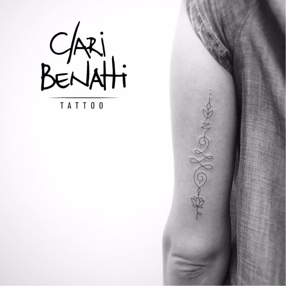 Por Clari Benatti! #ClariBenatti #Unalome #UnalomeTattoo #TatuadorasBrasileiras