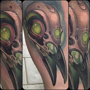 Crow Skull Tattoo by William Volz #crowskull #crowskulltattoo #newschoolcrowskull #newschool #newschooltattoo #newschooltattoos #newschoolartist #WilliamVolz