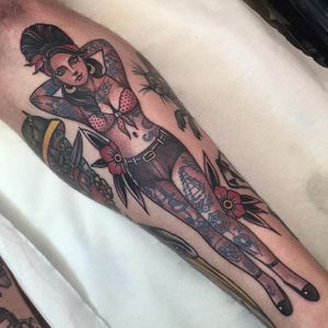 Neo traditional tattooed pin up girl tattoo by Jean Le Roux. #neotraditional #woman #JeanLeRoux #neotradlady #pinup #tattooedpinup
