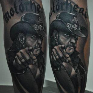 Rad tattoo by Marek Maras Rydzewski #MarekMarasRydzewski #motörhead #motorhead #Lemmy #blackandgrey