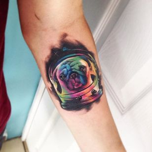 Pug Tattoo by Adrian Bascur #Watercolor #WatercolorTattoos #WatercolorArtists #BoldWatercolor #BestWatercolor #ModernTattoos #ContemporaryTattoos #AdrianBascur #Pug #PugTattoo