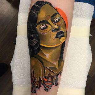 Zombie Girl Tattoo by Piotr Gie #NeoTraditional #NeoTraditionalArtist #NeoTraditionalTattoos #ModernTattoos #BoldTattoos #PiotrGie