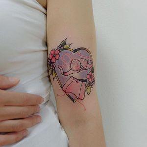 Bra and corset tattoo by Lou DC. #LouDC #kawaii #girly #cute #pinkwork #bra #corset #heart #feminism