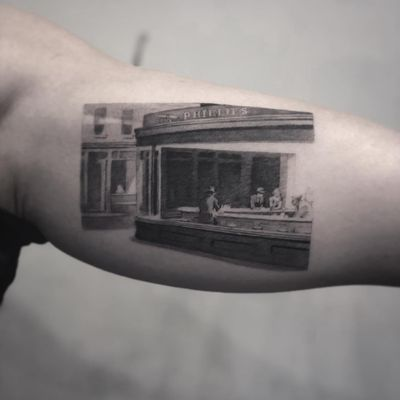Nighthawks by Edward Hopper tattoo by Cold Gray #ColdGray #blackandgrey #realism #realistic #hyperrealism #night #cityscape #diner #painting #building #people #famous #fineart