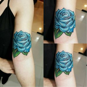 Linda flor colorida! #flor #flower #KlebyzTattoo #KlebyzSoares #comics #comicsRealista #realismo #realismoColorido #colorido #colorful #ElectricInk #InkTeam #brasil #brazil #portugues #portuguese